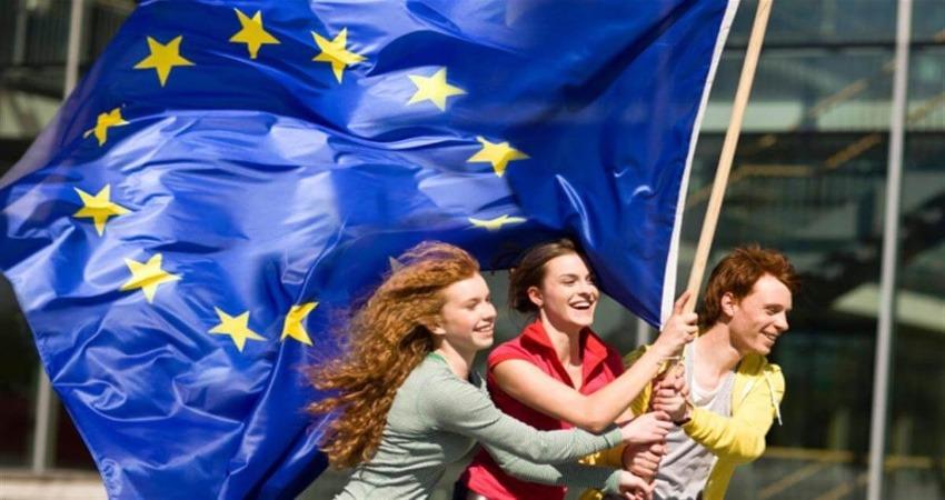 Il Parlamento Europeo condanna i tirocini non retribuiti